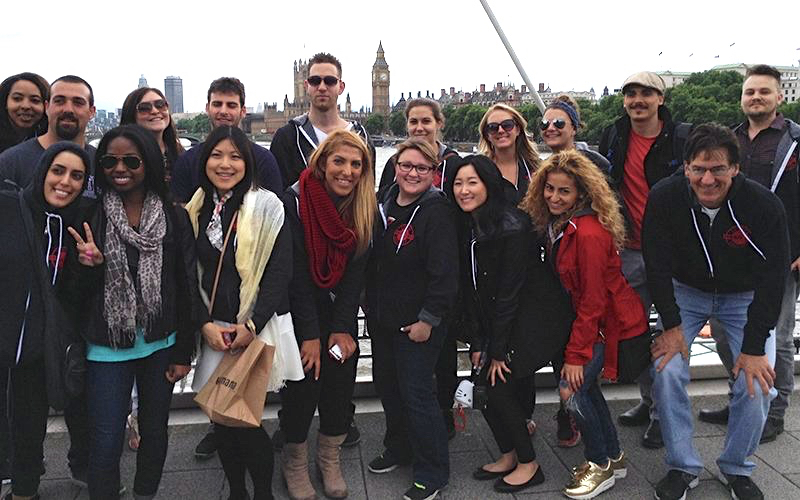 Picture of students participating in Southwestern's Summer Abroad program in London, UK.