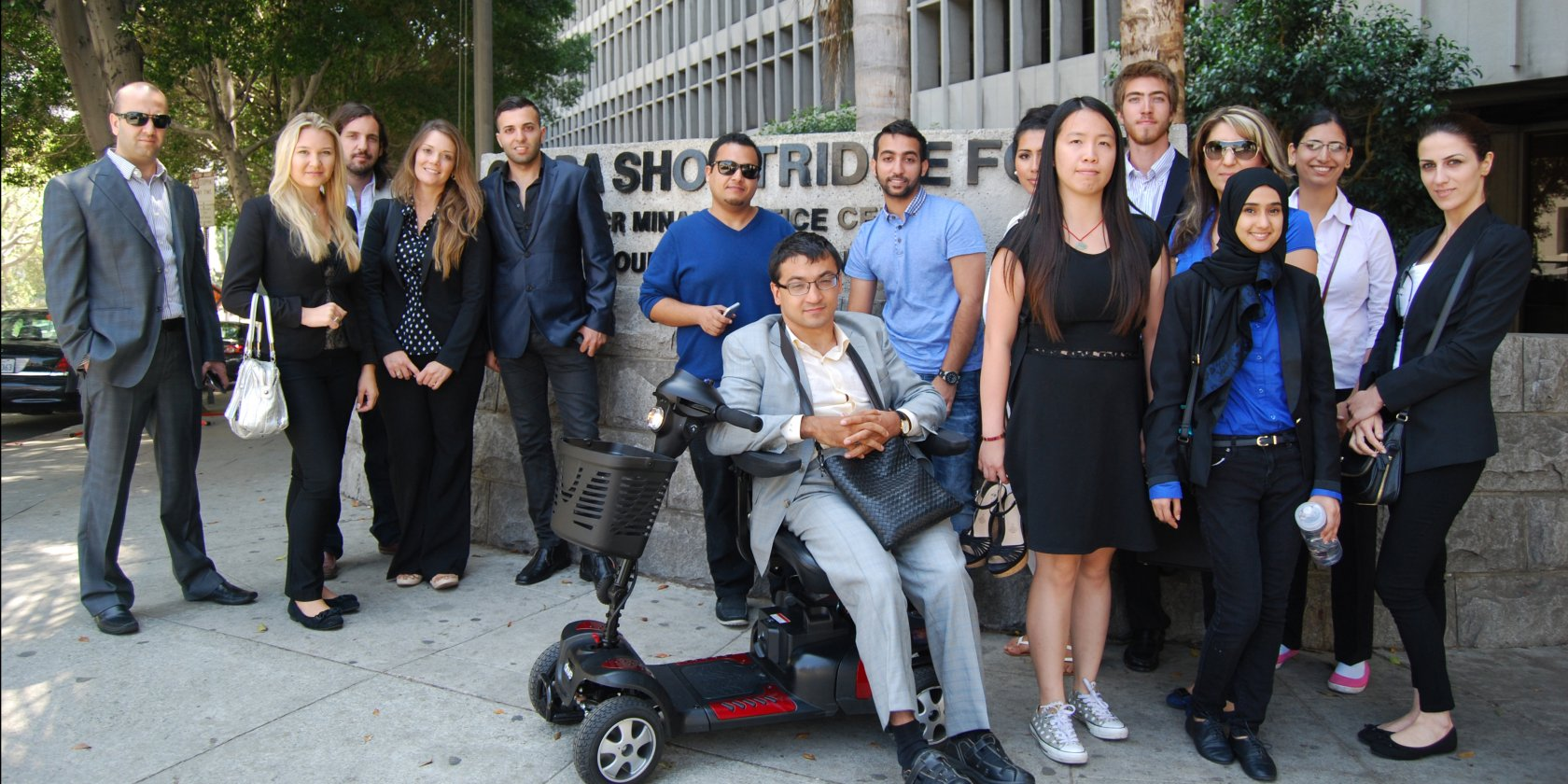 LLM students in front of the courhouse in downtown L.A.