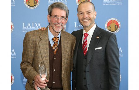 Image - Professor Brian Kelberg '76 with Professor Esposito at the 39th Annual Jemison Awards