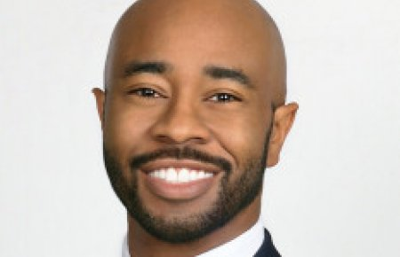 Entertainment attorney Nate Hargress, LL.M. '09 wins Rising Star Award